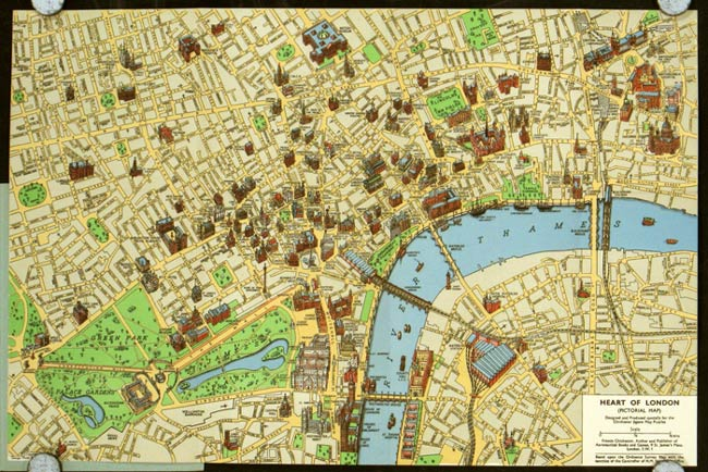 Heart of London. A coloured picture map showing 175 of London's famous and historic buildings. (Map title: Heart of London (Pictorial Map)). ENGLAND - LONDON.