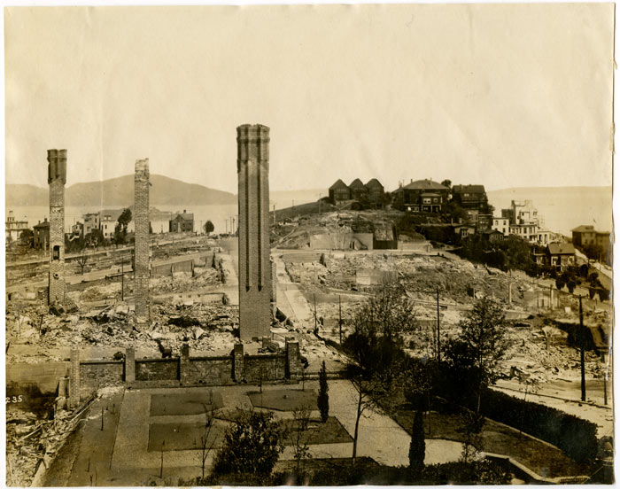 Untitled photograph of Russian Hill in San Francisco, California, after the 1906 San Francisco earthquake. CALIFORNIA - SAN FRANCISCO.
